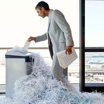 Erros ao utilizar a trituradora de papel